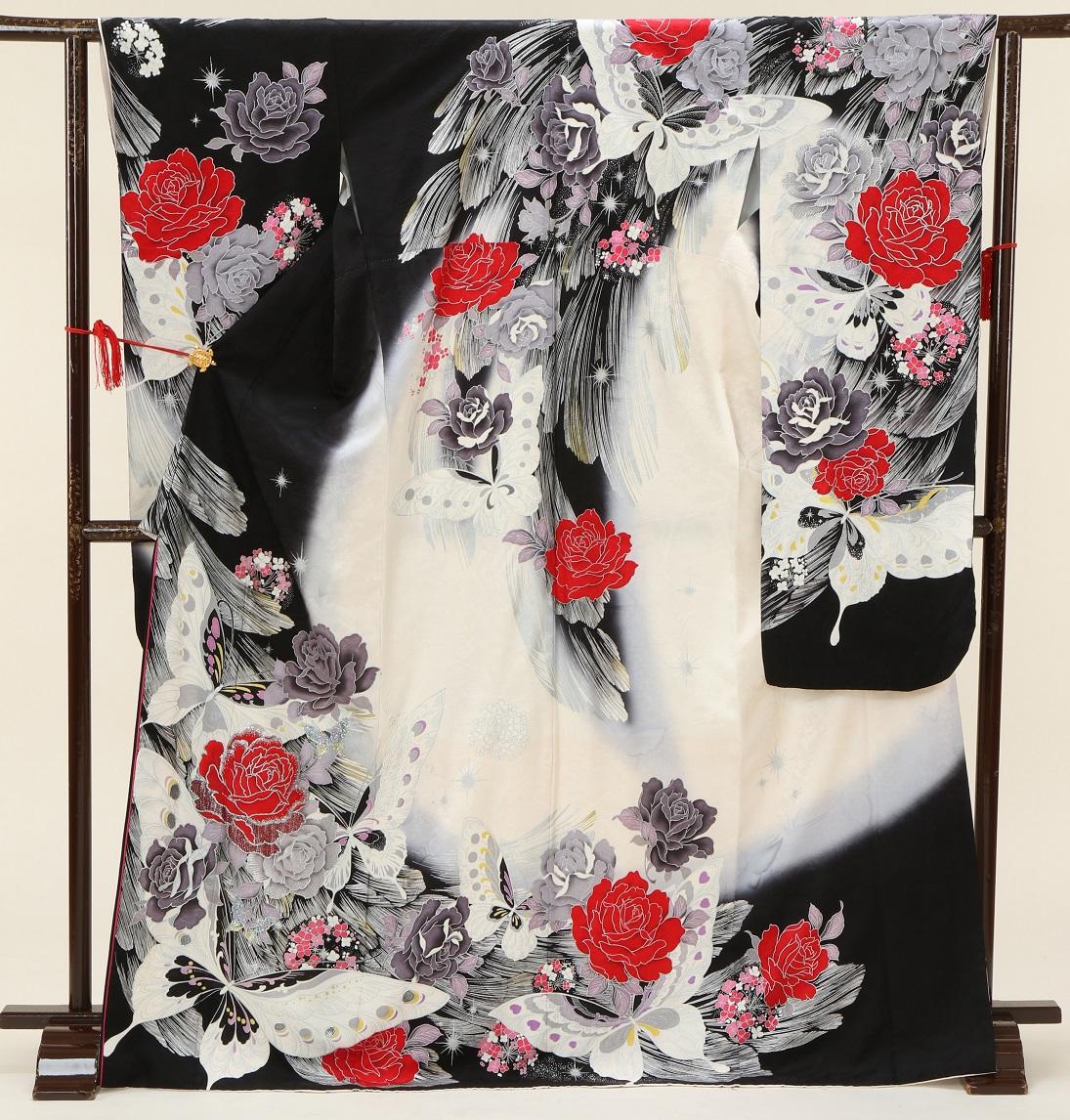 5383 桂由美 白黒地に赤バラ Sサイズ